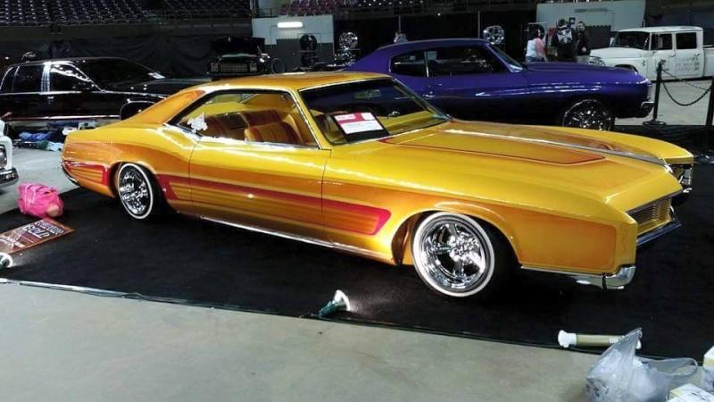 1966 Buick Riviera - Bouvardo gold - Los Boulevardos CC 13121_10