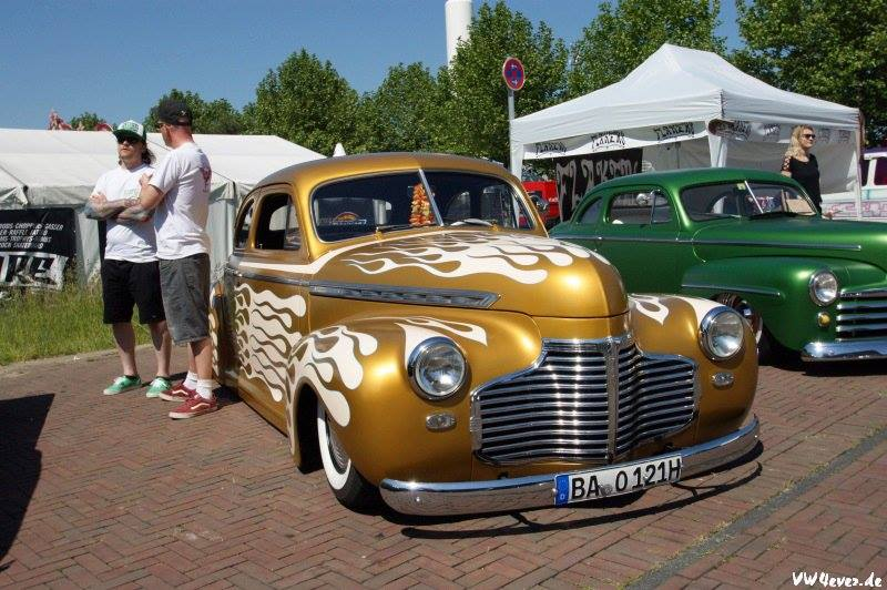 Chevy 1940 - 45 custom & mild custom 15254410