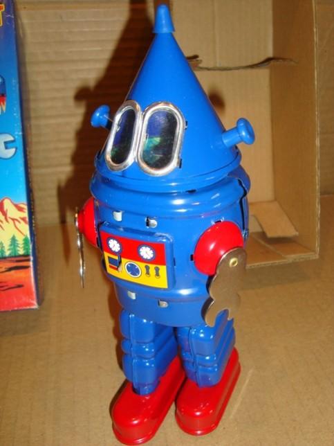 Robots jouets vintages - vintage robot toys 812bc310