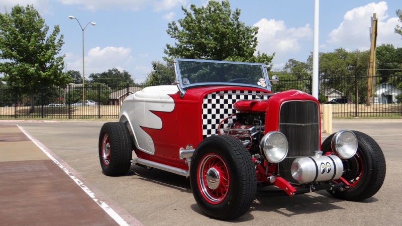 1932 Ford hot rod - Page 12 Dsc04511