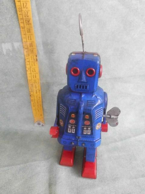 Robots jouets vintages - vintage robot toys Hpim2710
