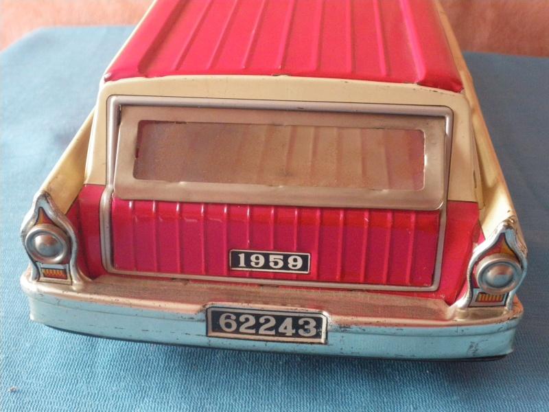 us car -  tôle - Tin Toys -  1950's & 1960's - Page 3 Imgp0710