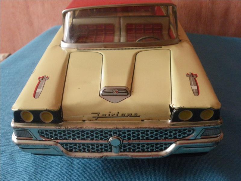 us car -  tôle - Tin Toys -  1950's & 1960's - Page 3 Imgp0711