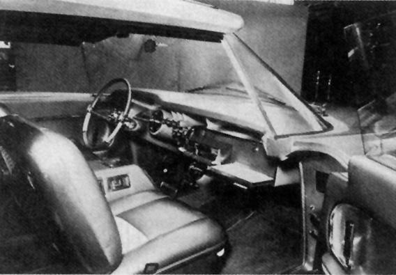 1956 Chrysler Norseman Interi11