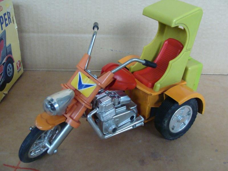 us car -  tôle - Tin Toys -  1950's & 1960's - Page 3 Kgrhqn10