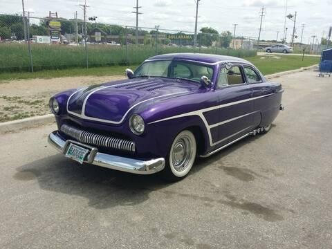 Ford 1949 - 50 - 51 (shoebox) custom & mild custom galerie
