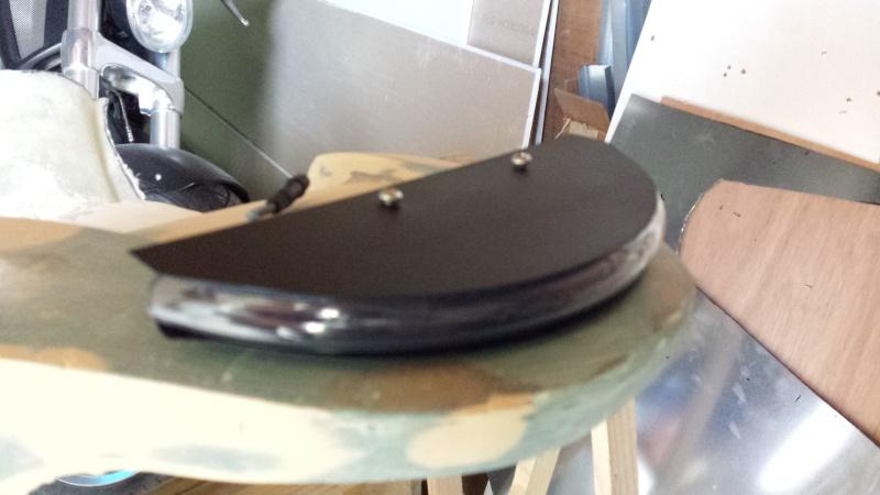 création d'une pièce de carrosserie en fibre de verre 20150518