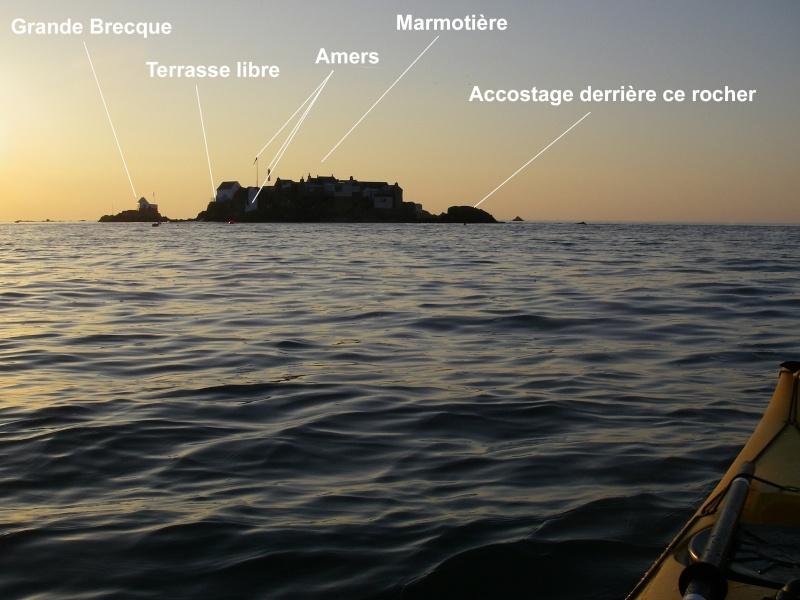 Les incroyables maisonnettes en pleine mer sur les îlots des Écréhou. Imgp0229