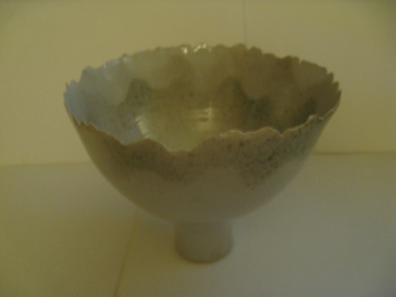 Quality studio vase/raised bowl  Img_1711