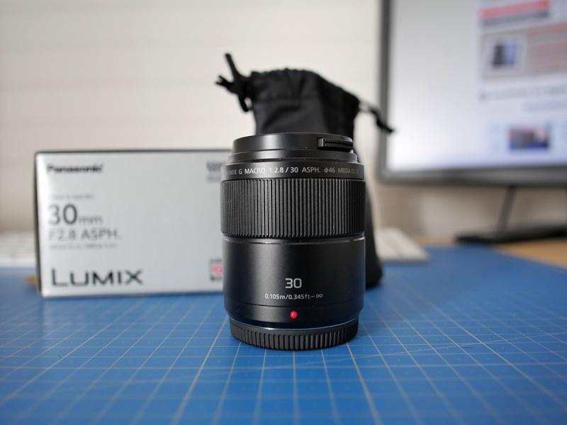 [VDS] Panasonic 30mm F2.8 parfaitement neuf.. P1090410