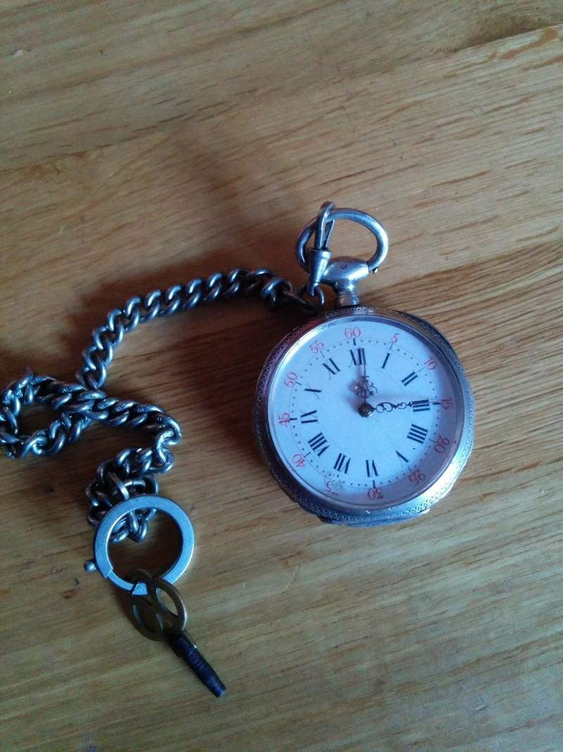 Enicar - [Postez ICI les demandes d'IDENTIFICATION et RENSEIGNEMENTS de vos montres] - Page 2 Img_2011