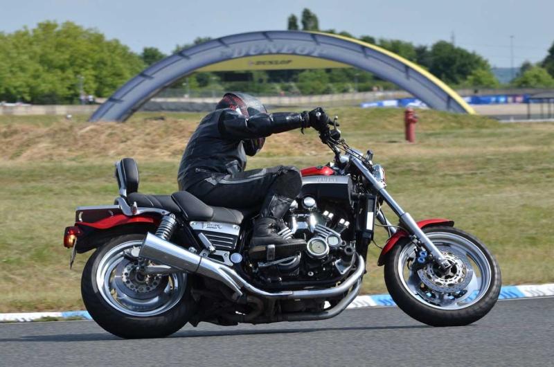 Classic Machines les 13 et 14 juin au circuit Carole - Page 9 Dsc_8212