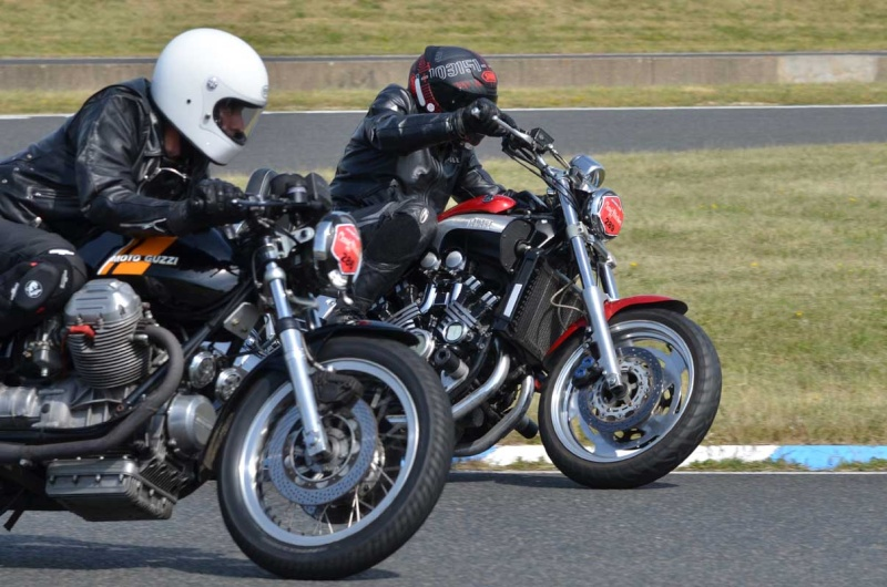 Classic Machines les 13 et 14 juin au circuit Carole - Page 9 Dsc_8215