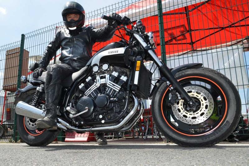 Classic Machines les 13 et 14 juin au circuit Carole - Page 9 Dsc_9110