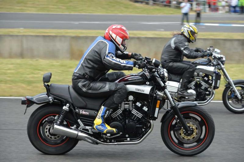 Classic Machines les 13 et 14 juin au circuit Carole - Page 9 Dsc_9614