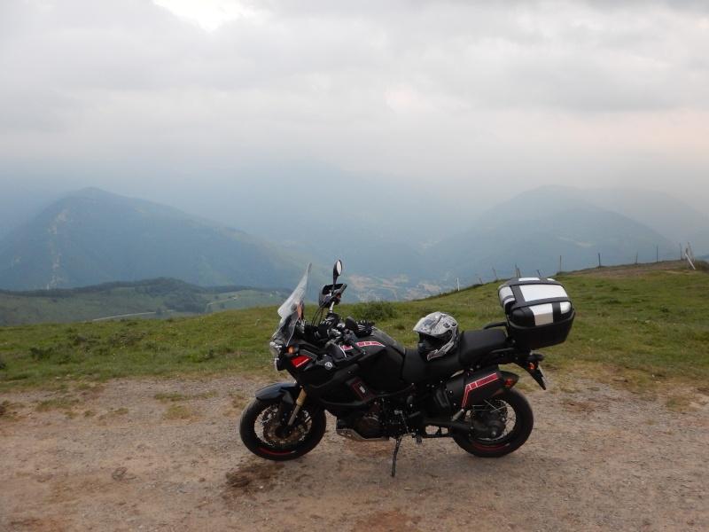 Vos plus belles photos de moto - Page 3 Dscn1212