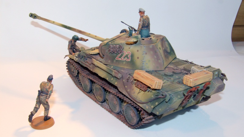 PANTHER A avec camouflage embuscade - TAMIYA - 1/35 Img_0014