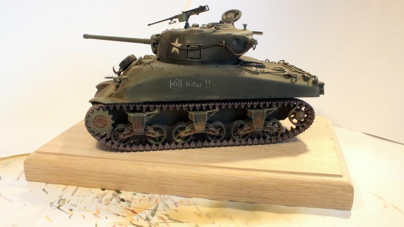 Sherman M4A1 1/35 ITALERI (n°225) Img_0028