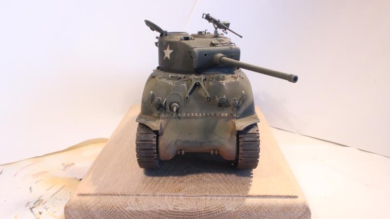 Sherman M4A1 1/35 ITALERI (n°225) Img_0034