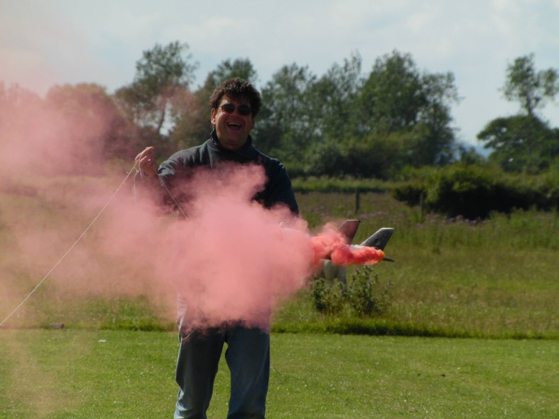 RDMFC Aerotow 2015 Smoke_11