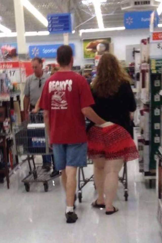 Walmart.. Smell my finger! Fan photo... People10