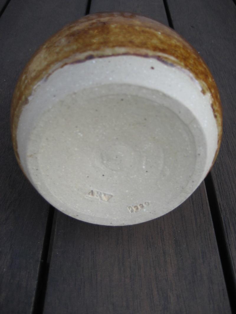 Egg shaped mid brown glaze. 'ARV 2000' mark Img_0349