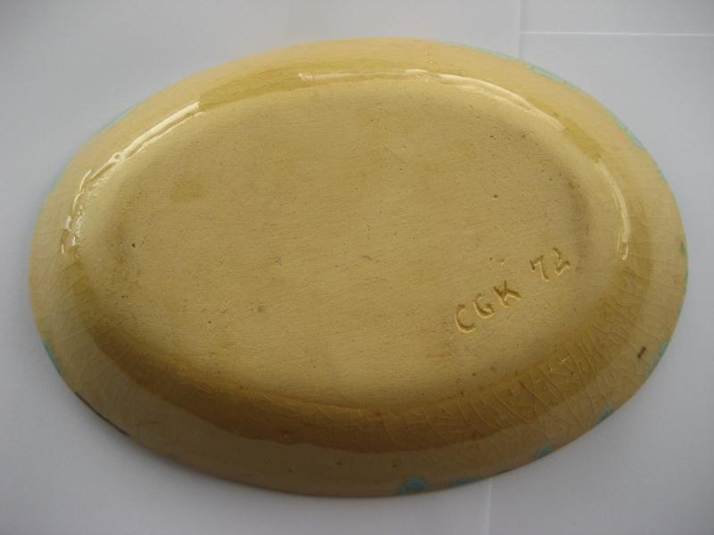70's? art pottery oval dish marked CGK 72 Img_0720