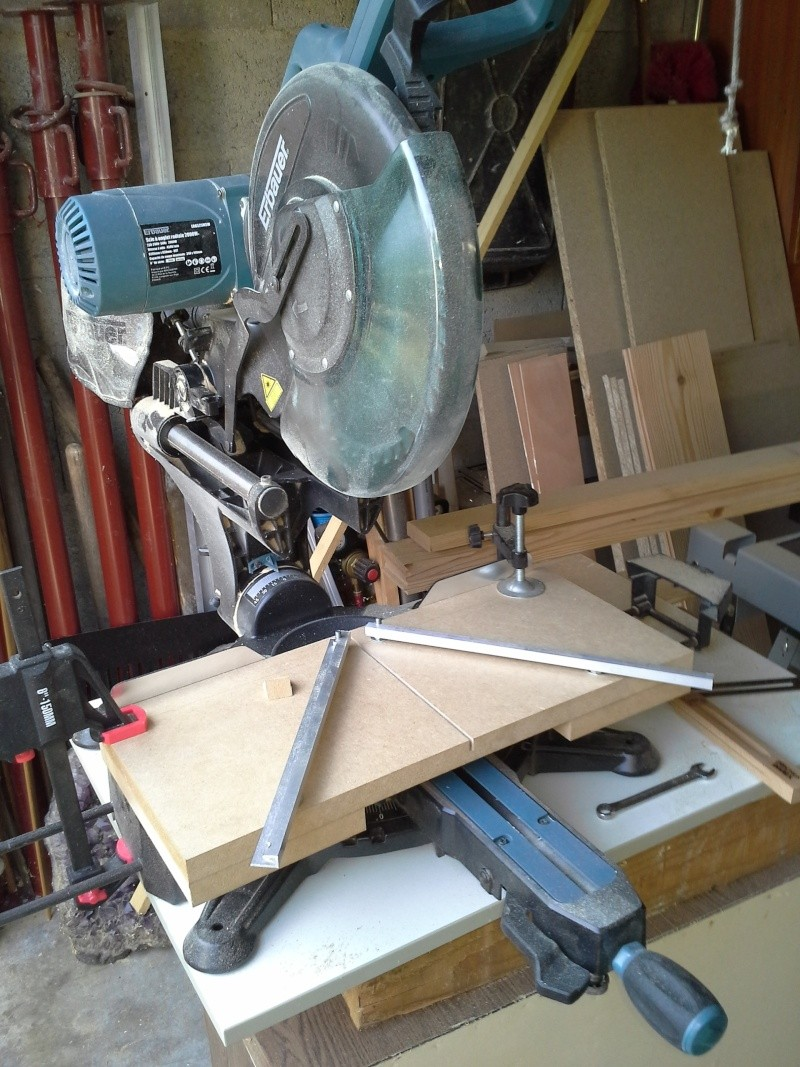 Gabarit tout angles pour scie à onglet radiale 610