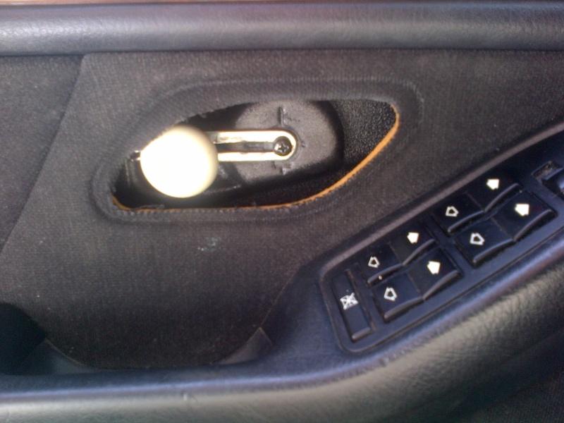 [BMW 523 i  E39]  Poignée de porte interieur cassée Img-2013