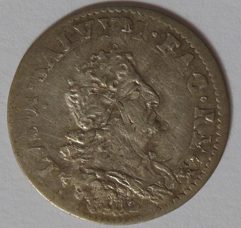 monnaie aux insignes à identifier  Dscn2110