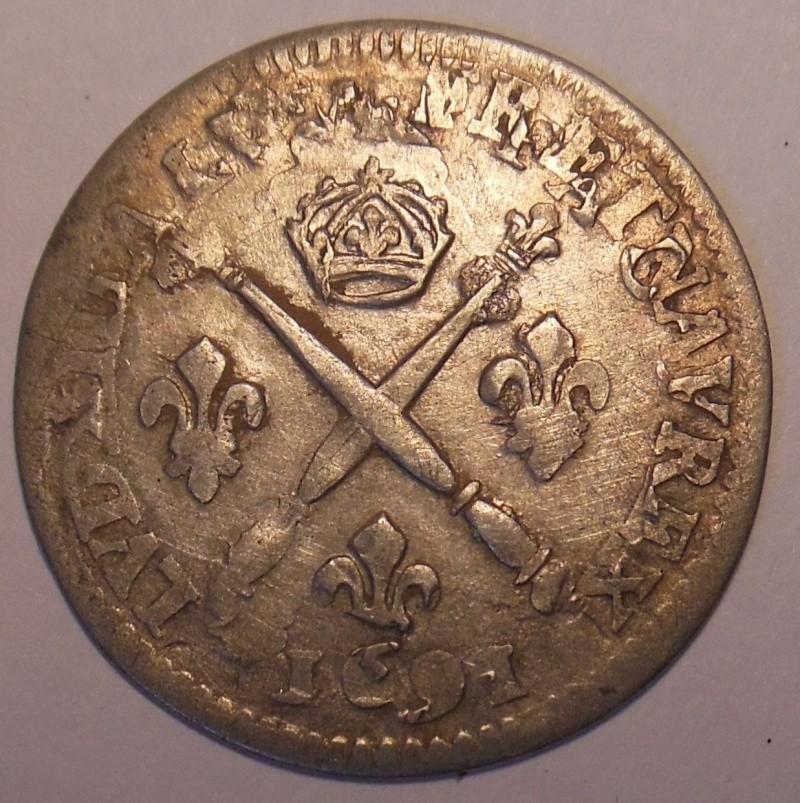 monnaie aux insignes à identifier  Dscn2111