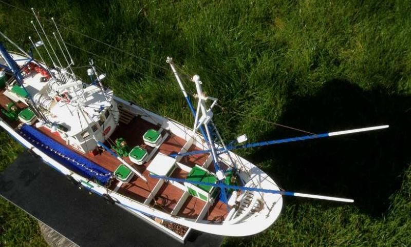 Carmen II rebaptisé l'Aurora ai 1/40 de chez Artesania Latina Thonie16