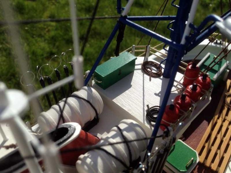 Carmen II rebaptisé l'Aurora ai 1/40 de chez Artesania Latina Thonie34