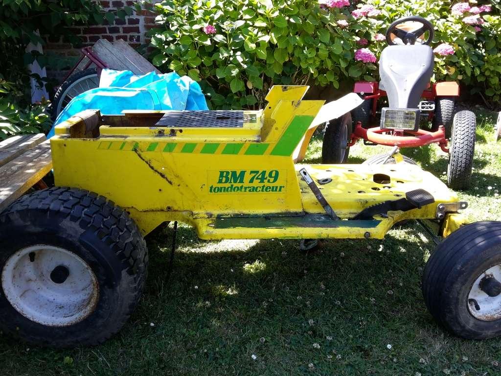 remise a neuf tracteur tondeuse BERNARD BM749 20150715
