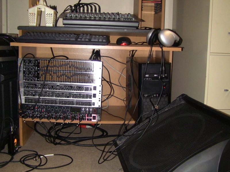 Showcase your broadcasting/recording equipment! - Page 3 Img_0211