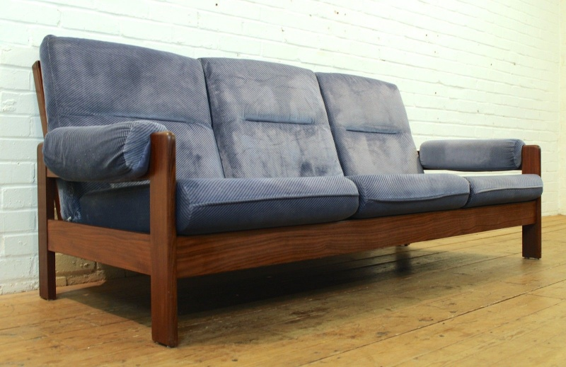 Can anyone ID this late 60s early 70s afromosia sofa? Sofa14