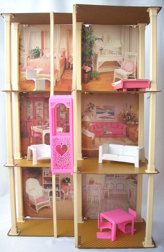 Casa di barbie anni 80 barbie townhouse for Case anni 80 ristrutturate