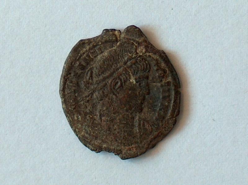 nummus Constantin II pour Arles 54610
