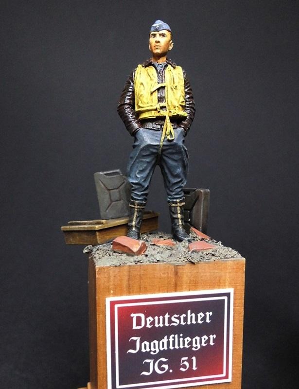 Deutsche Jagdflieger in 1/32 und 120mm Eb110