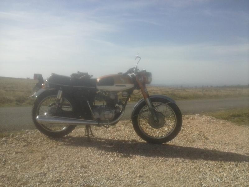 Bonjour, nouveau sur le forum avec une K4/K5 qui fume et chauffe.  Honda_11