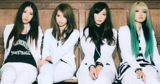 What was the first SCANDAL music video you watched? - Page 5 Standa16