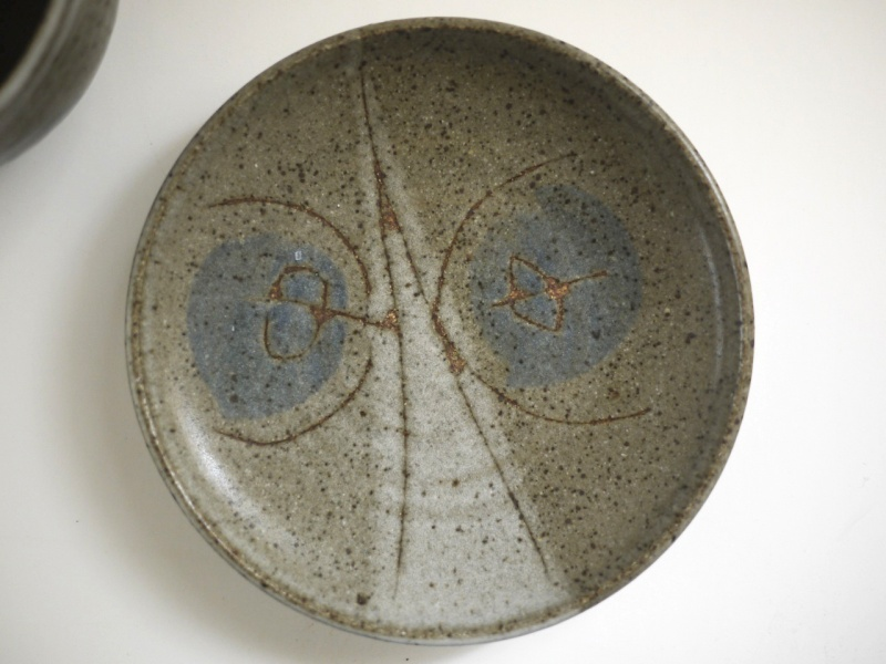 Unmarked studio pottery stoneware cups/saucers - Frances Senska, USA  Myster11