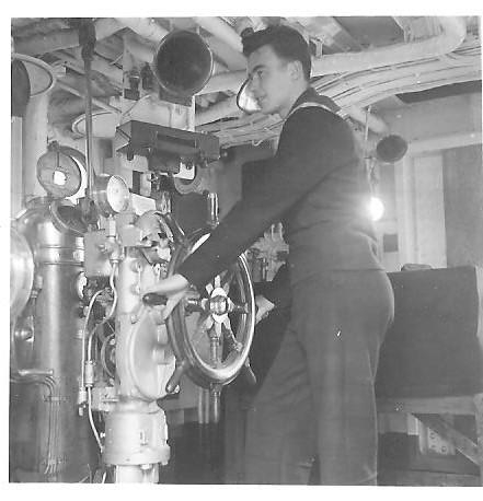 M902 J. E. Van Haverbeke (ex HMS Ready) - Page 3 01110