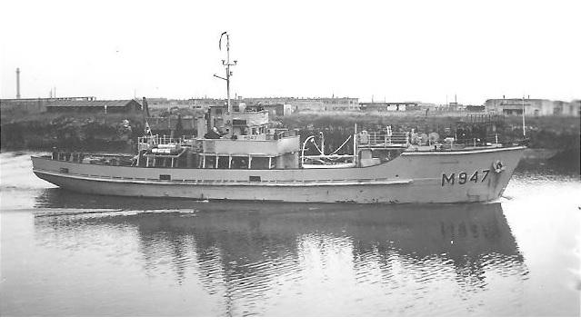 M902 J. E. Van Haverbeke (ex HMS Ready) - Page 2 Millev10
