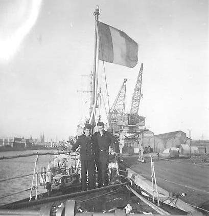 M902 J. E. Van Haverbeke (ex HMS Ready) - Page 3 Pont110