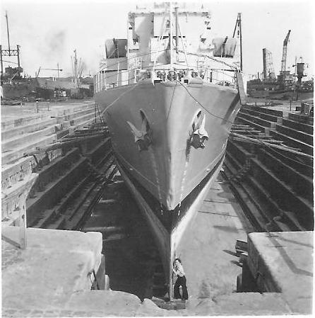 M902 J. E. Van Haverbeke (ex HMS Ready) - Page 4 Vh_0110