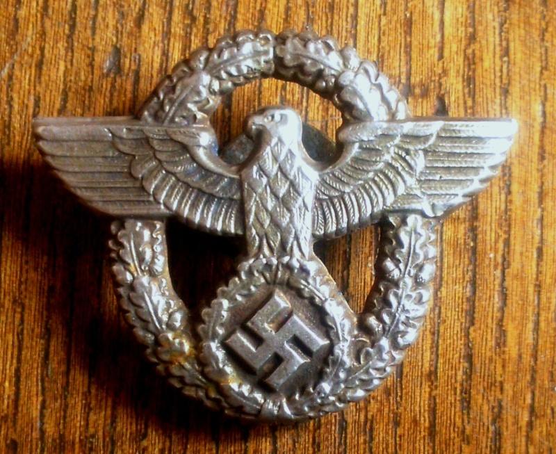 Qui pour identifier des badges Dsc_0910