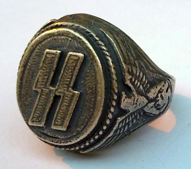 Qui pour identifier des badges Dsc_1910