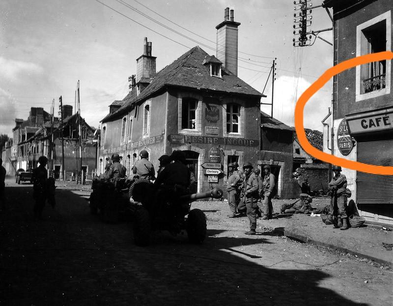 1944: Nom du café en face du café Ingouf? Cafeca10