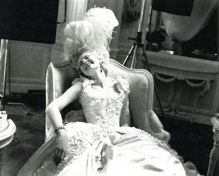 Marie Antoinette avec Kirsten Dunst (Sofia Coppola) - Page 3 Tumblr11